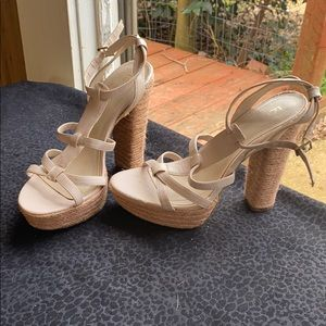 LC Tan wedges